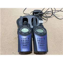 COBRA WALKIE-TALKIES WITH CHARGING BASE