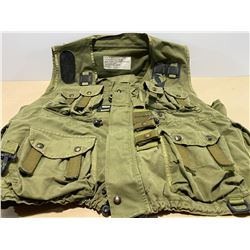 TACTICAL LOAD BEARING VEST - X LARGE