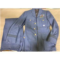 WWII RCAF WOOL FLIGHT LIEUTENANT'S DRESS TUNIC - 1941