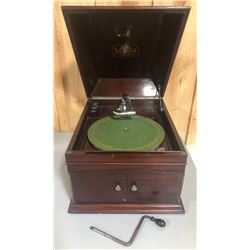 ANTIQUE VICTROLA RECORD PLAYER