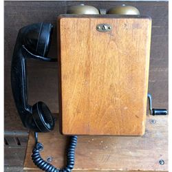 ANTIQUE WOOD WALL PHONE WITH CRANK DIAL