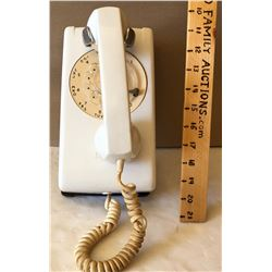 VINTAGE WALL MOUNT ROTARY TELEPHONE