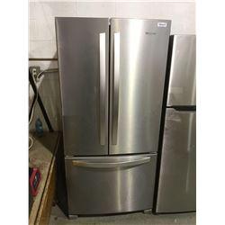 WhirlpoolRefrigerator - Model: WRF532SNHZ02