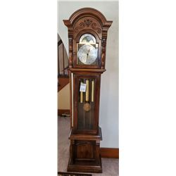 SOLID WOOD GRANDFATHERS CLOCK