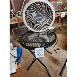 ELECTRIC FAN AND METAL STAND