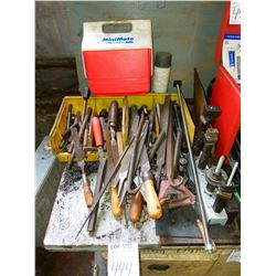 Miscellaneous lot of files , bolts, chisels