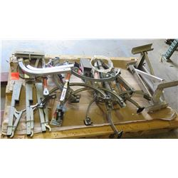 Contents of Pallet: Werner Quick-Click Model AC78 Ladder Stabilizers, etc