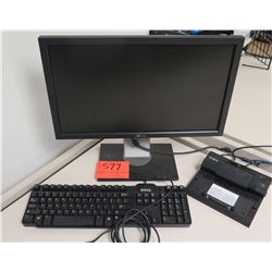 Dell Flat Panel Computer Monitor & Keyboard