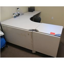 "White ""L"" Shape Desk w/ Interlocking Sides w/ 3 Drawers & Chair (see last photo for dimensions)"