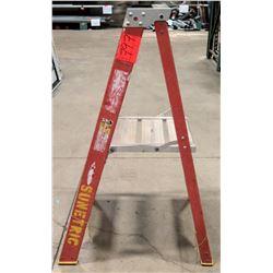 Short 2 Step Metal 4' Ladder
