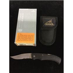 NEW Gerber Pocket Knife