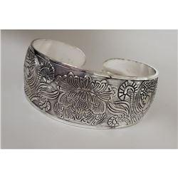 Tibetan Silver Ladies Bangle