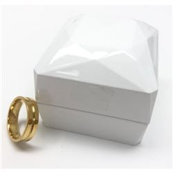 Womens Leve Gold Tone Mounted Rhinstone Wedding Band Ring