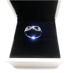 Ladies 925 Sterling Silver Infinity Ring