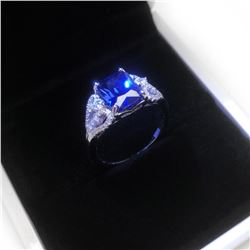 Exquisite Ladies Silver 925 Blue Stone Ring With LED Ring Box