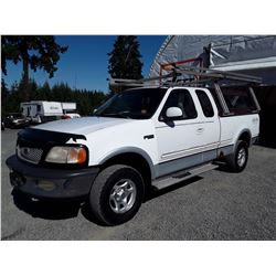 G1 --  1997 FORD F150 LARIAT EXT CAB 4X4 , White , 224659  KM's