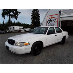 "A6 --  2002 FORD CROWN VICTORIA POLICE INTERCEPTOR  , White , 227314  KM's ""NO RESERVE"""