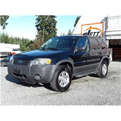L3 --  2006 FORD ESCAPE XLT , Black , 263253  KM's