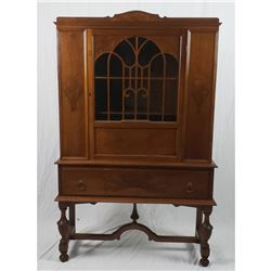 Fancy Wood China Cabinet