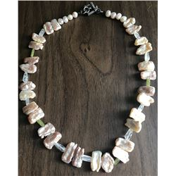 Jewelry - Baroque pink pearl necklace