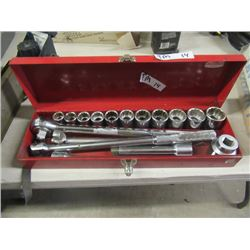 "Challenger 3/4"" Socket Set, Ratchet , 2 Strong Bars & Extension"