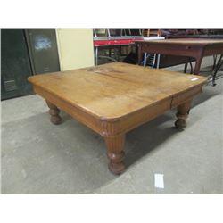 """(DL) 1/4 Cut Oak Coffee Table - 5 Legs Vintage 45"""" x 45"""""""