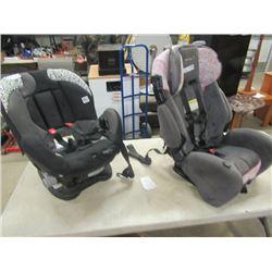 (LR) 2  Child's Car Seats