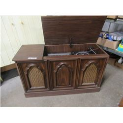 Symphonic Cabinet Stereo- Radio/Record Player Vintage