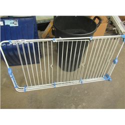 (EC) Clothes Drying Rack- Folds Up
