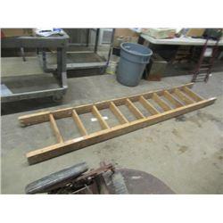 9' H M Wooden Ladder