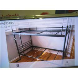 (EC) Set Metal Bunk Beds