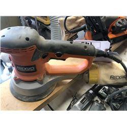 RIDGID R2611 ORBITAL SANDER