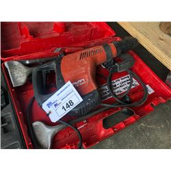 HILTI TE 500 DEMOLITION HAMMER WITH ASSORTED ACCESSORIES