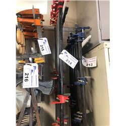 7 RED PIPE CLAMPS