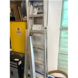 ALUMINUM 6' STEP LADDER, DRYWALL SQUARES, AND GUIDE