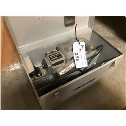 PORTER-CABLE 653 EHD VERSA PLANE WITH CASE