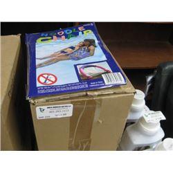 HALF BOX 12 PCS NOODLE CHAIR