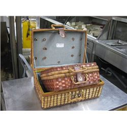 PAIR OF PICNIC BASKETS