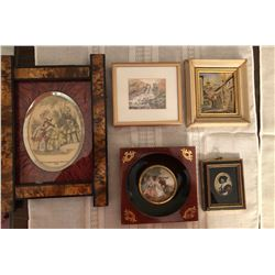 5 Small pictures lot