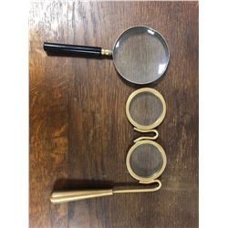 2 Magnifying glasses
