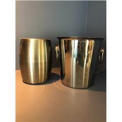 2 Wine Buckets