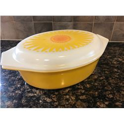 Pyrex casserole dish