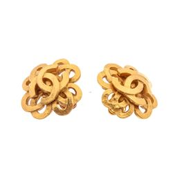 Chanel Vintage Gold Interwoven Clover CC Logo Clip On Earrings