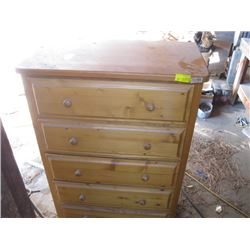 WOODEN 5 DRAWER CHEST OF DRAWERS