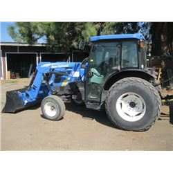2009 NEW HOLLAND TRACTOR FRONT END LOADER 2126hrs