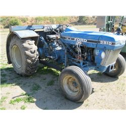 FORD 3910 TRACTOR WITH REAR FORKS - 5,170 HRS