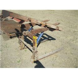 SET OF 3 PT HITCH FORKS WITH SPIKES