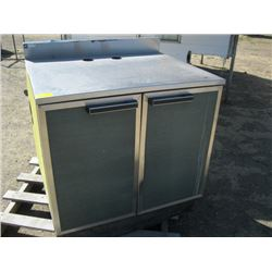 SS TOPPED CABINET