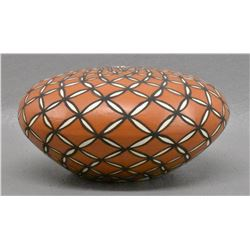 ACOMA INDIAN POTTERY SEED JAR (L A CHINO)