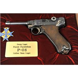 DWM P-08 1920 Luger semi-automatic pistol in  wooden display case, 9mm caliber, Serial  #72269.  The